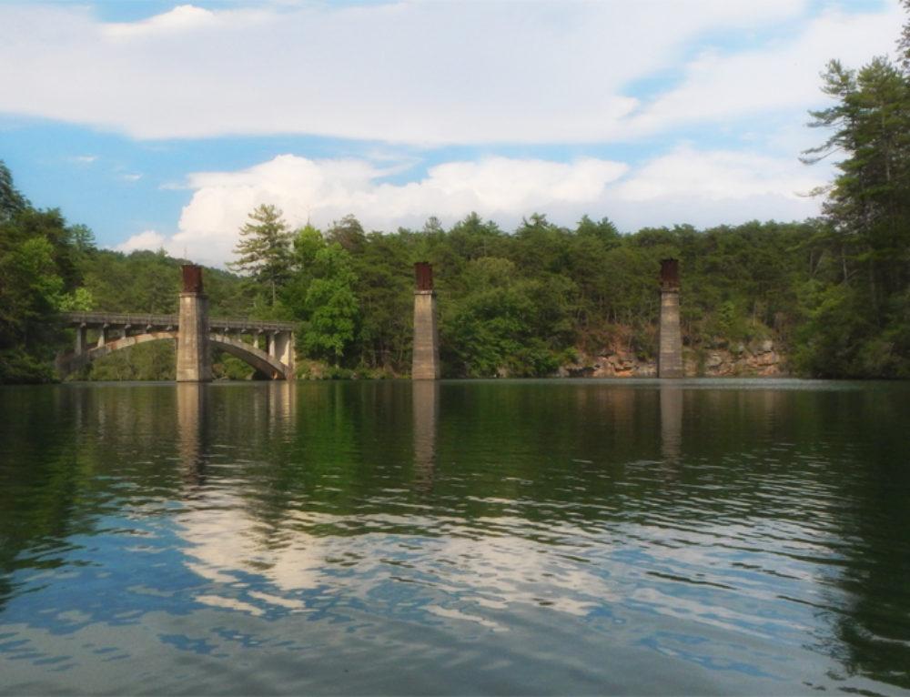 Padding Tallulah Lake
